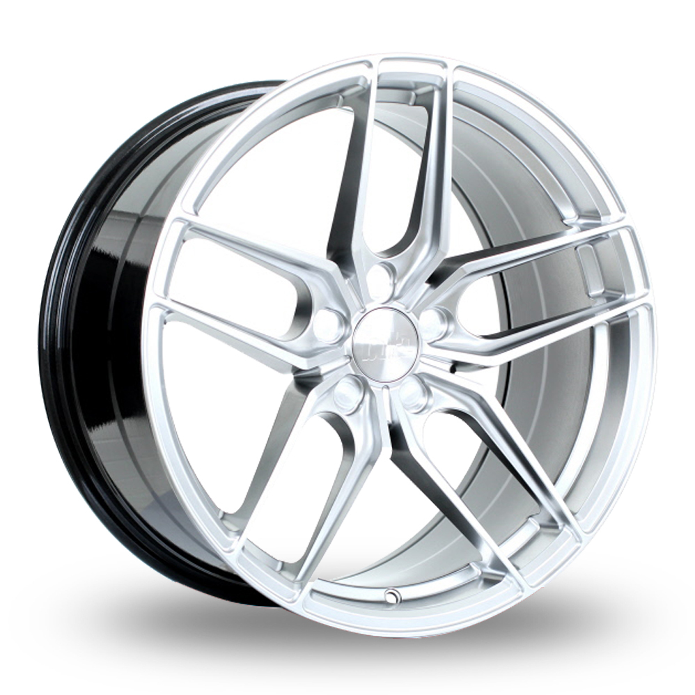 BOLA B11 HYPER SILVER ALLOY WHEELS